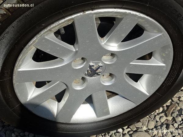 Peugeot 207 COMPACT año 2013