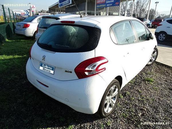 Peugeot 208 ALLURE año 2013