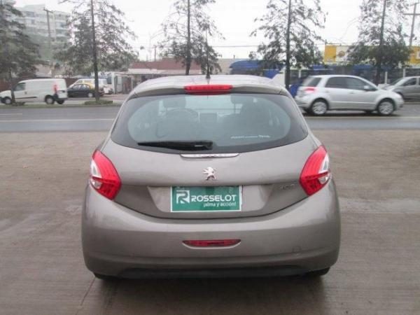 Peugeot 208 ACTIVE HDI 1.4 año 2013