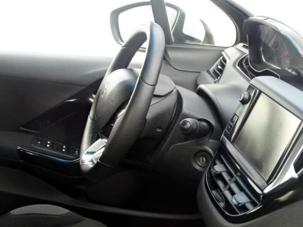Peugeot 208 HDI ACTIVE año 2014