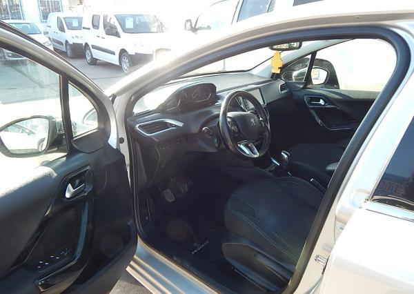 Peugeot 208 494 PEUGEOT 208 1.6 2016 año 2016