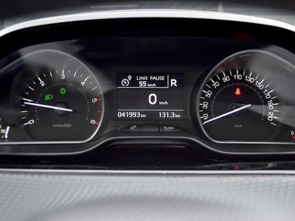 Peugeot 208 ALLURE HDI 1.6 año 2017