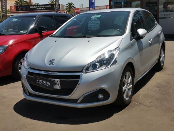 Peugeot 208 208 ACTIVE HDI 1.6 año 2017
