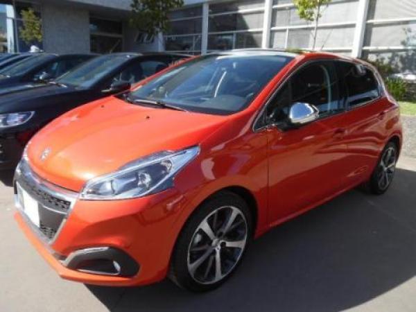 Peugeot 208  año 2018