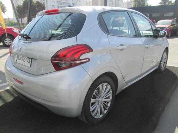 Peugeot 208 ACTIVE año 2019