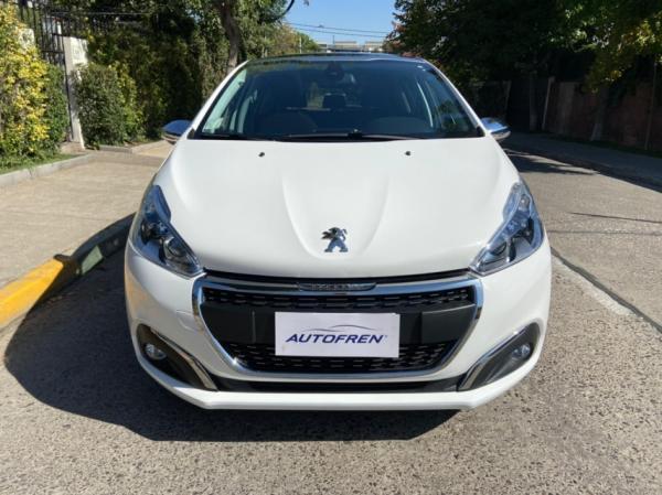 Peugeot 208 allure año 2019