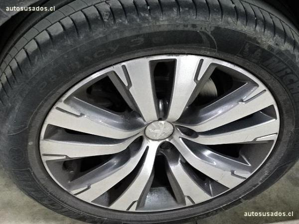 Peugeot 3008 ALLURE año 2015