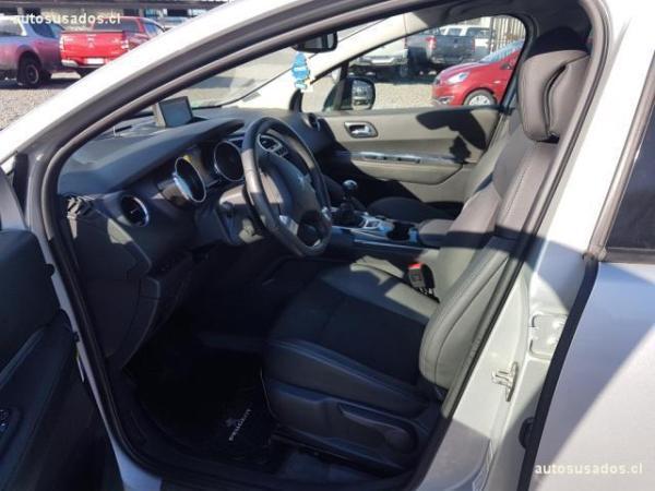 Peugeot 3008 ALLURE HDI año 2016