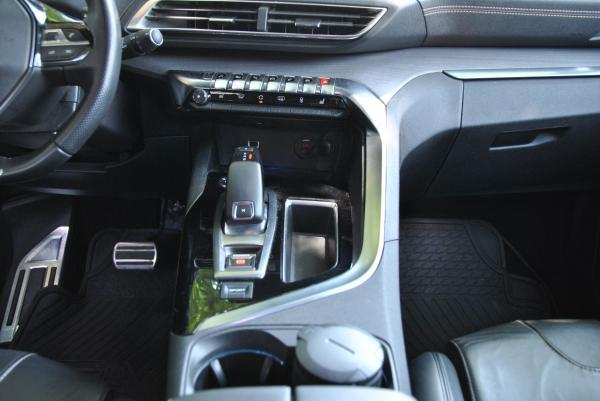 Peugeot 3008 GT BLUEHDI 2.0 año 2018
