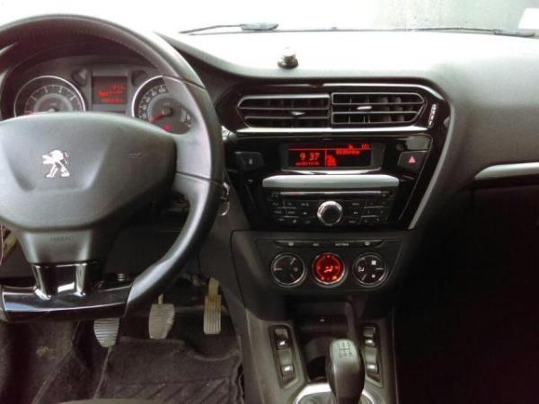 Peugeot 301 ALLURE 1.6 año 2014