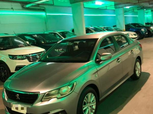 Peugeot 301 1.6 HDI Active año 2018