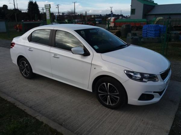 Peugeot 301 301 año 2020