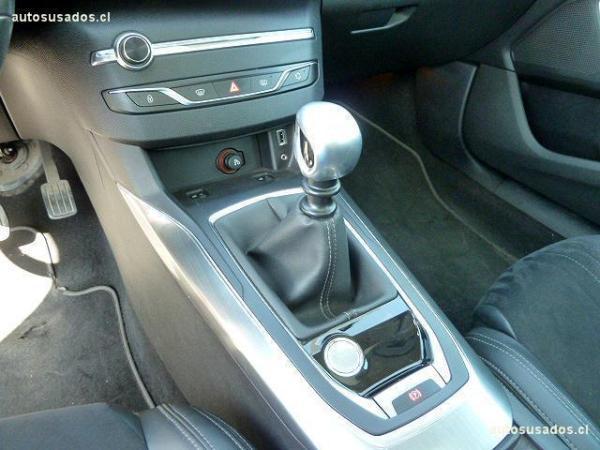 Peugeot 308 1.6 TDI TURBO año 2014