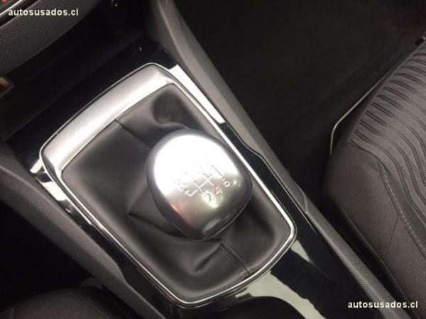 Peugeot 308 308 ALLURE HDI 1.6 año 2015