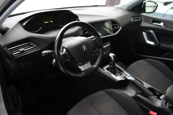 Peugeot 308 308 ALLURE 1.2 año 2016