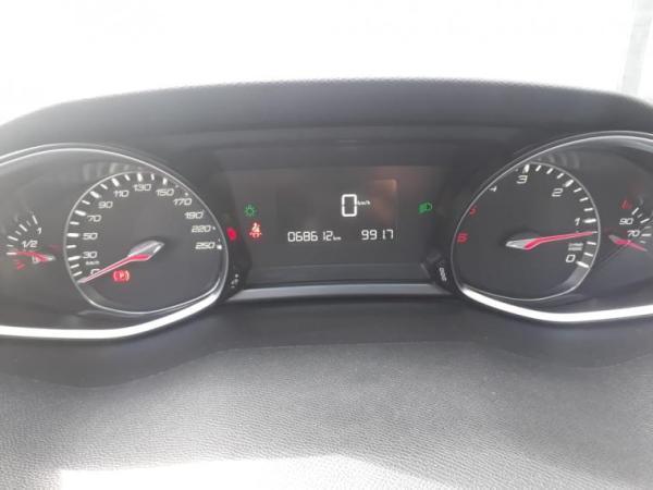 Peugeot 308 FELINE 1.6 año 2017