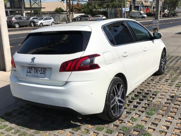 Peugeot 308 feline año 2018