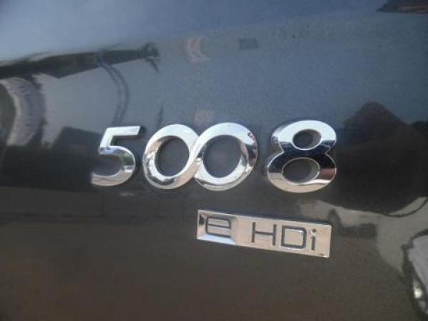 Peugeot 5008  año 2012