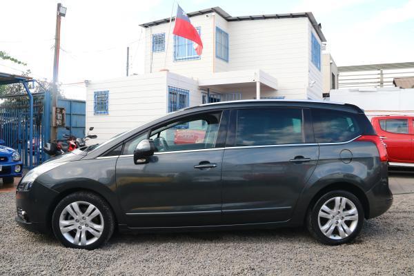 Peugeot 5008 456 5008 ALLURE HDI 2.0 año 2014