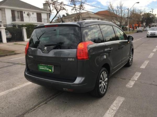 Peugeot 5008 ALLURE HDI 2.0 año 2015