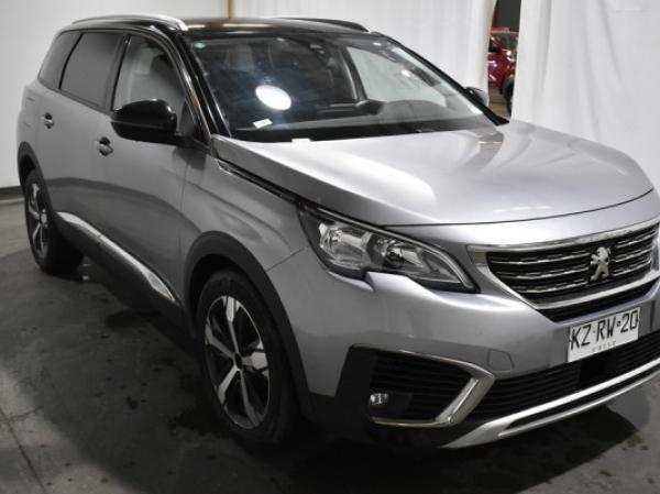Peugeot 5008  año 2019