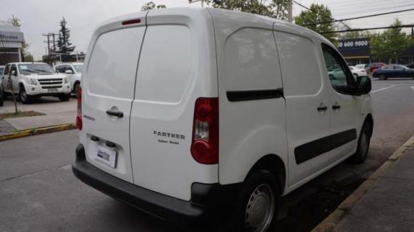 Peugeot Partner 1 año 2012