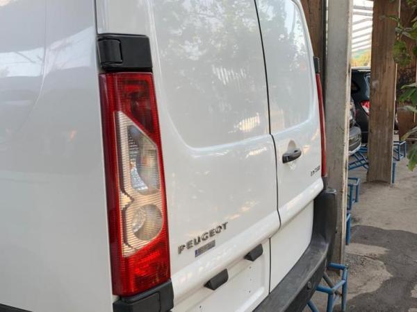 Peugeot Partner 2.0 año 2014