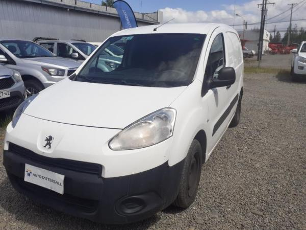 Peugeot Partner 4X2 año 2015