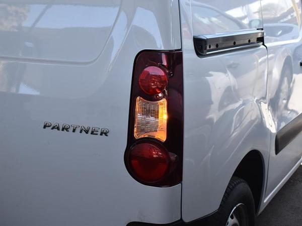 Peugeot Partner . año 2017