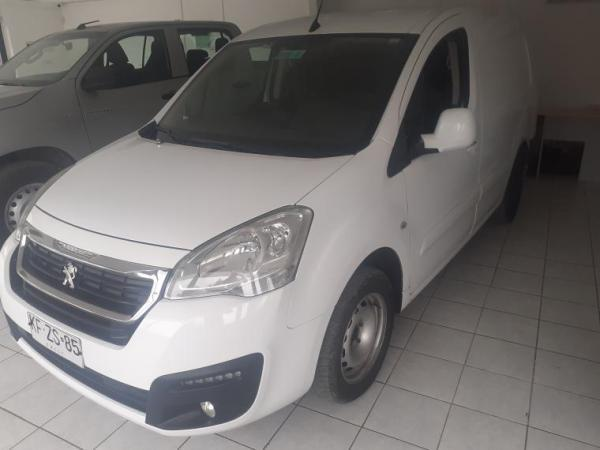Peugeot Partner 4X2 año 2018