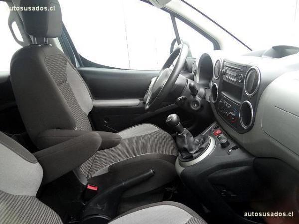 Peugeot Tepee  año 2011
