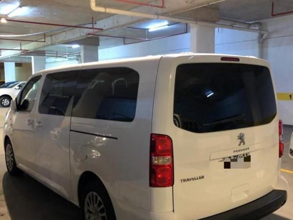 Peugeot Traveller TRAVELLER BUSINESS BLUEHD año 2019