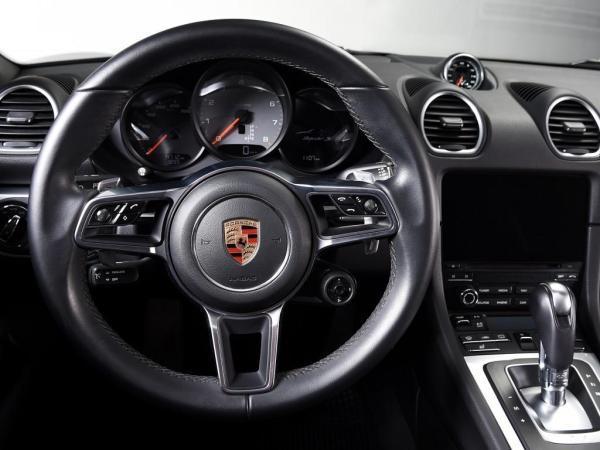 Porsche 718 Boxster S año 2018