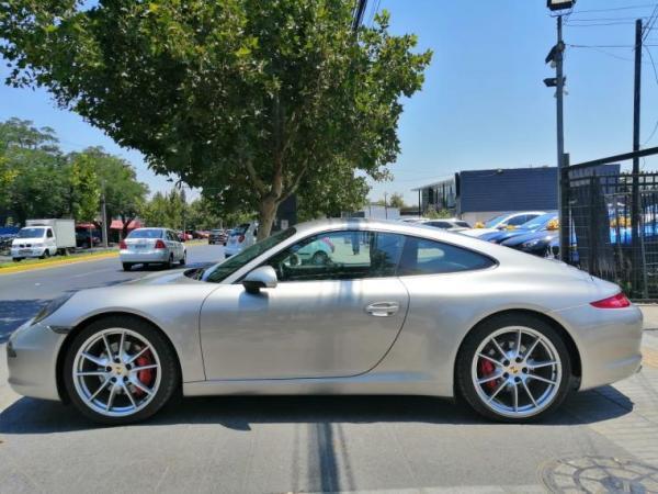 Porsche 911 Carrera S año 2012