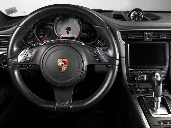 Porsche 911 CARRERA S año 2014