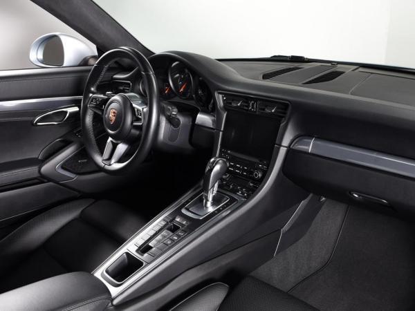 Porsche 911 Carrera año 2016
