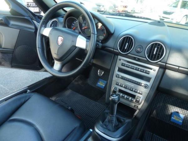 Porsche Boxster 2.8 Mecánico año 2009