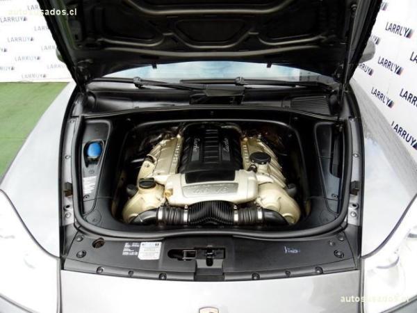 Porsche Cayenne 4.8 Turbo año 2008