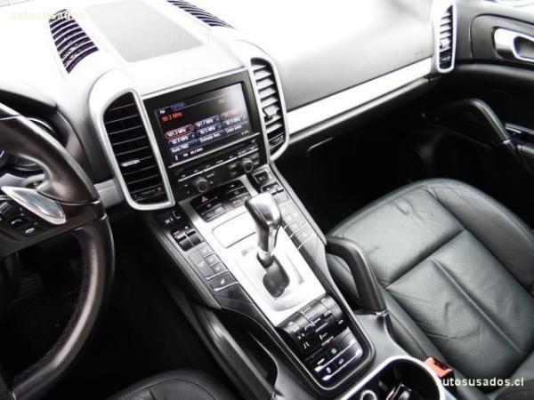 Porsche Cayenne V6 E2 3.6 año 2011