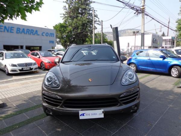 Porsche Cayenne V6 3.0 TURBO EQU año 2014