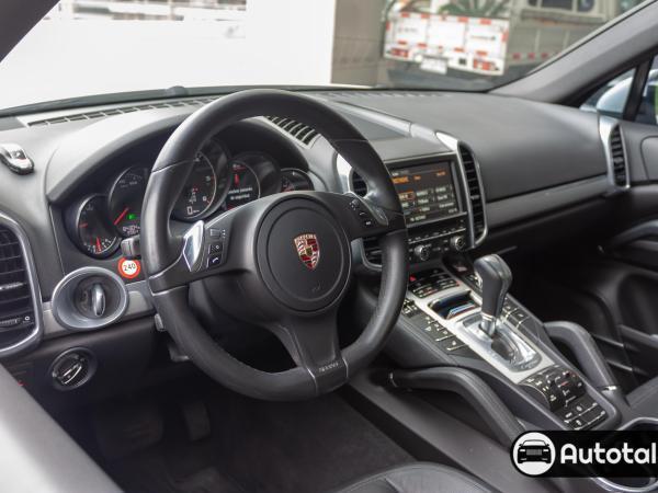 Porsche Cayenne  año 2014