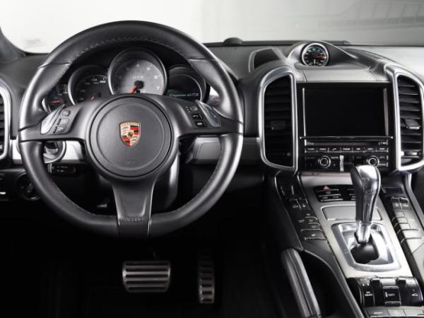 Porsche Cayenne GTS año 2014