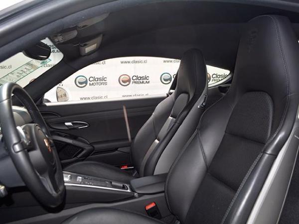 Porsche Cayman 9.000 año 2016