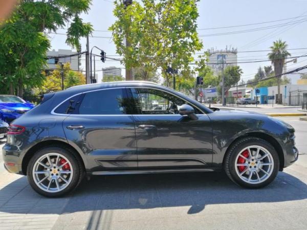 Porsche Macan Turbo año 2017
