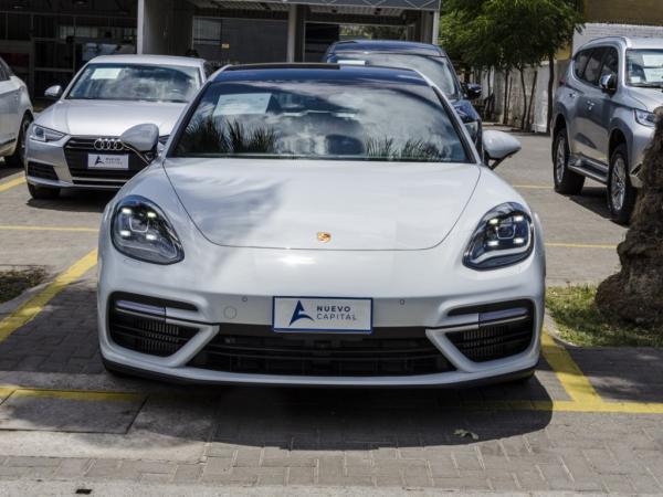 Porsche Panamera TURBO año 2019
