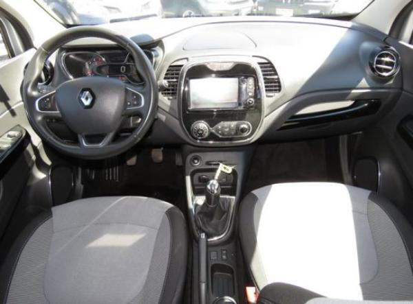 Renault Captur DYNAMIQUE año 2017