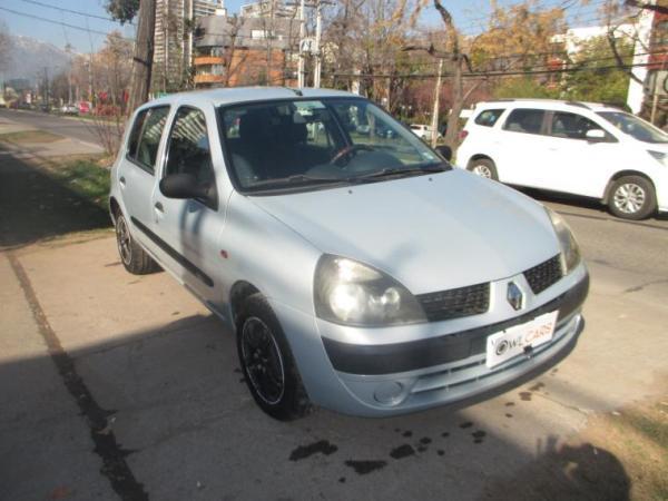 Renault Clio EXPRESSION 1.6 año 2003
