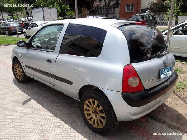 Renault Clio RT año 2005