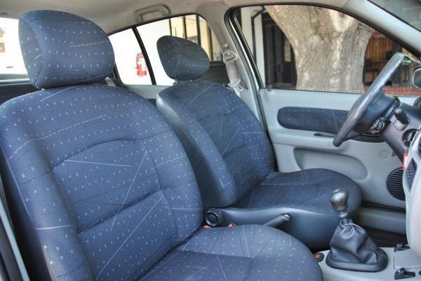 Renault Clio Expression 1.6 año 2005