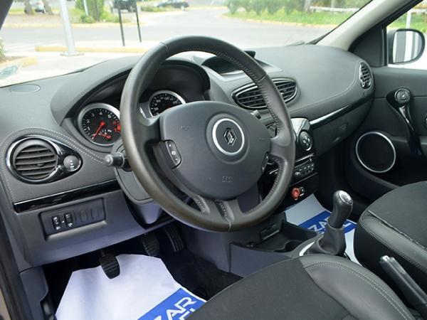 Renault Clio CLIO III HB DYNAMIQUE 1.6 año 2013
